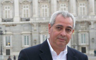 'El asesinato de Laura Olivo', de Jorge Eduardo Benavides, obra ganadora del Premio de Novela Fernando Quiñones