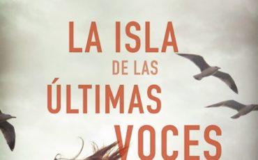 Mikel Santiago vuelve a las librerías para atrapar al lector como solo consiguen los grandes maestros del thriller.