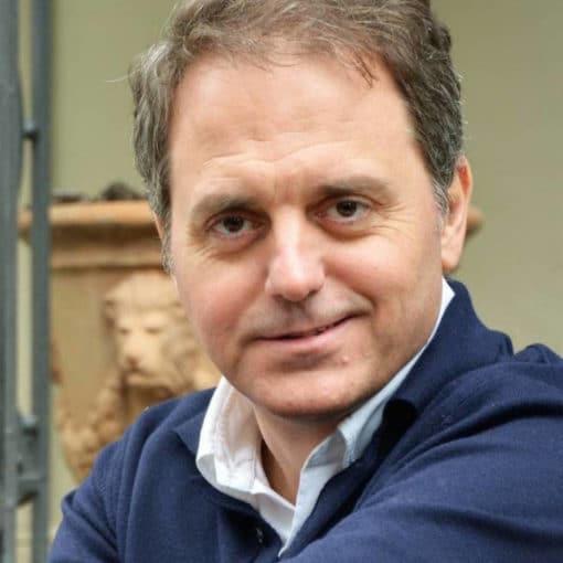 El autor Domingo Villar representará a España en el Festival de las Letras Europeas