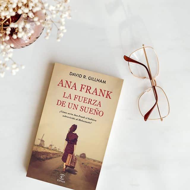 ¿Cómo sería Ana Frank si hubiera sobrevivido al Holocausto?