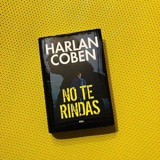 """""""Cualquiera de los thrillers de Harlan Coben encierra una historia fascinante, retorcida y llena de sorpresas"""""""