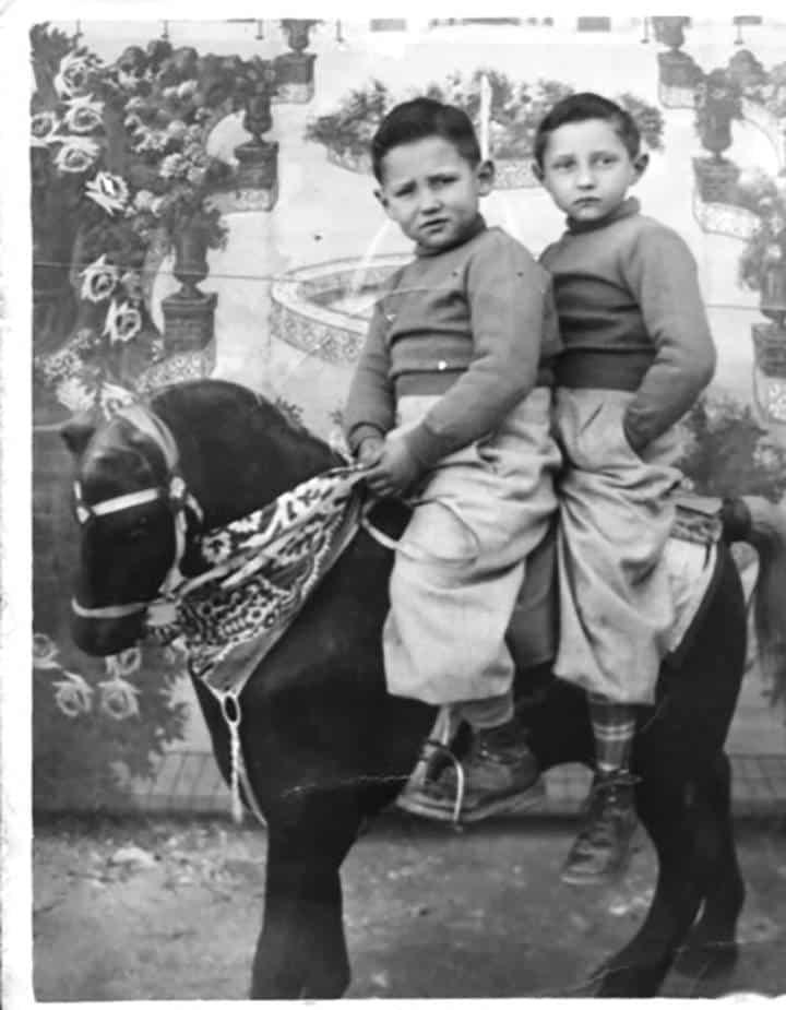 Los retratos de la infancia durante la posguerra y el franquismo son tristes, que los niños tienen un aire de a ncianos