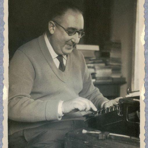ÁLVARO CUNQUEIRO. AL PASAR DE LOS AÑOS. ARTÍCULOS PERIODÍSTICOS (1930-1981) @Fund_Castro