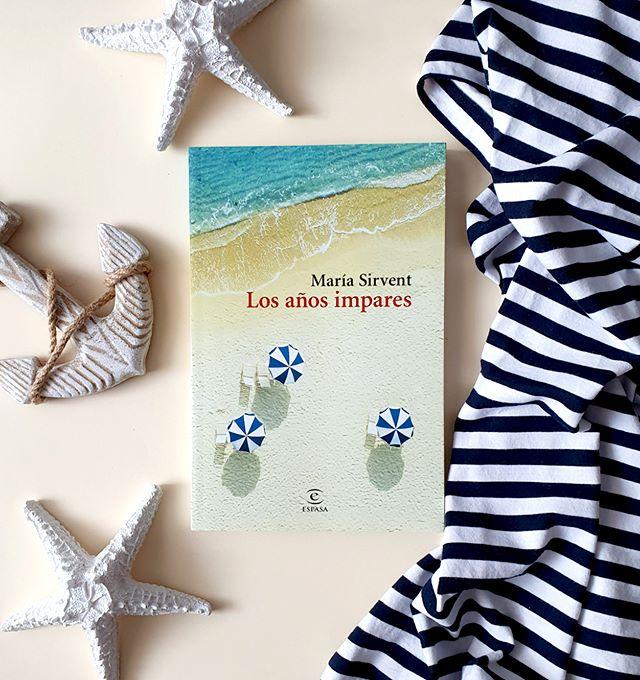Una novela fresca, realista, cómica y tierna que retrata la frustración, el fracaso, la desilusión, el amor y el desamor con un sentido del humor fino e inteligente.