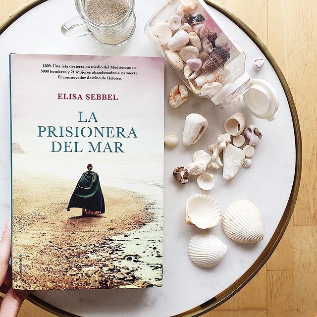 #LaPrisioneraDelMar, @elisasebbel se inspira en hechos reales para contar una historia conmovedora de privaciones, epidemias y tormentas.