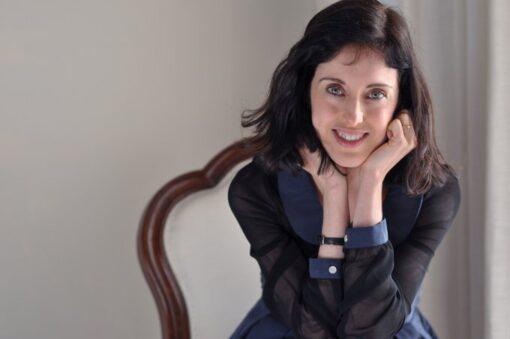 ¡¡¡Irene Vallejo, Premio Nacional de Ensayo por EL INFINITO EN UN JUNCO!!!