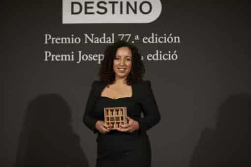 Najat El Hachmi gana el PREMIO NADAL y Maria Barbal el PREMI JOSEP PLA 2021